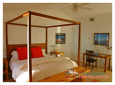 Typical Bedroom at Abaco Lodge : Great Abaco Island
